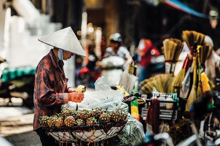 Vietnam street food market